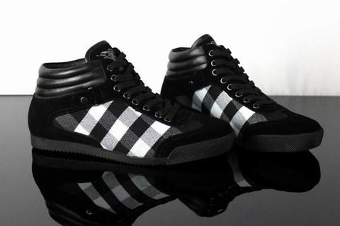 Soldes Dqrbtscxh Homme Burberry Chaussures Imitation OPnw80kX